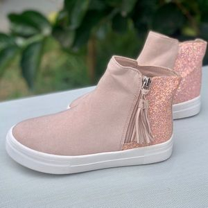 Wonder Nation Girls Fashion Sneaker Children Shoes